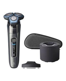 Series 7000 SkinIQ Shaver